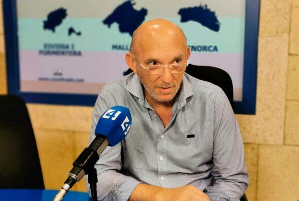 bernat bonnin hace una entrevista en canal4
