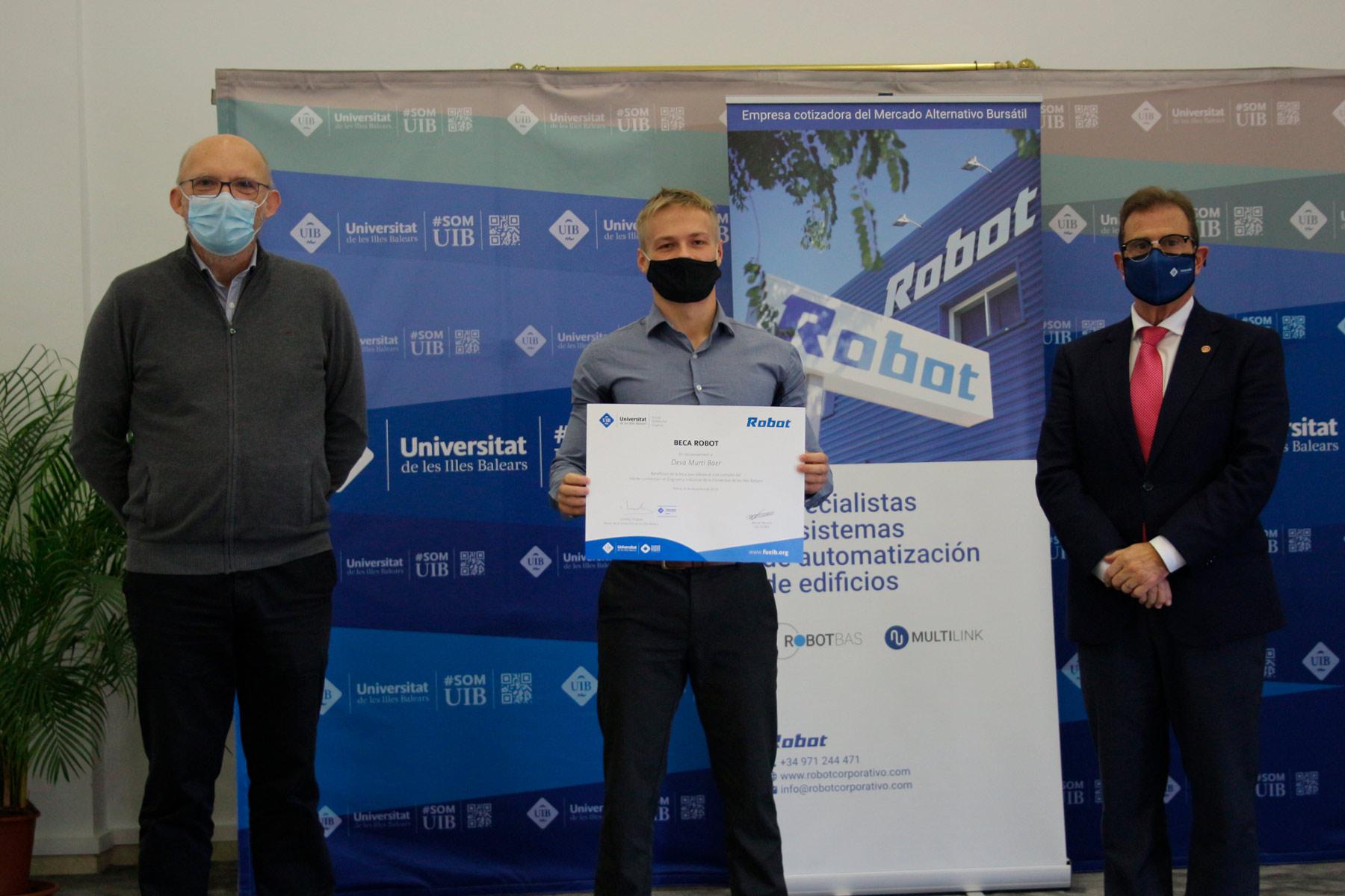 Deva Murtí, ganador de la II edición de la Beca Robot