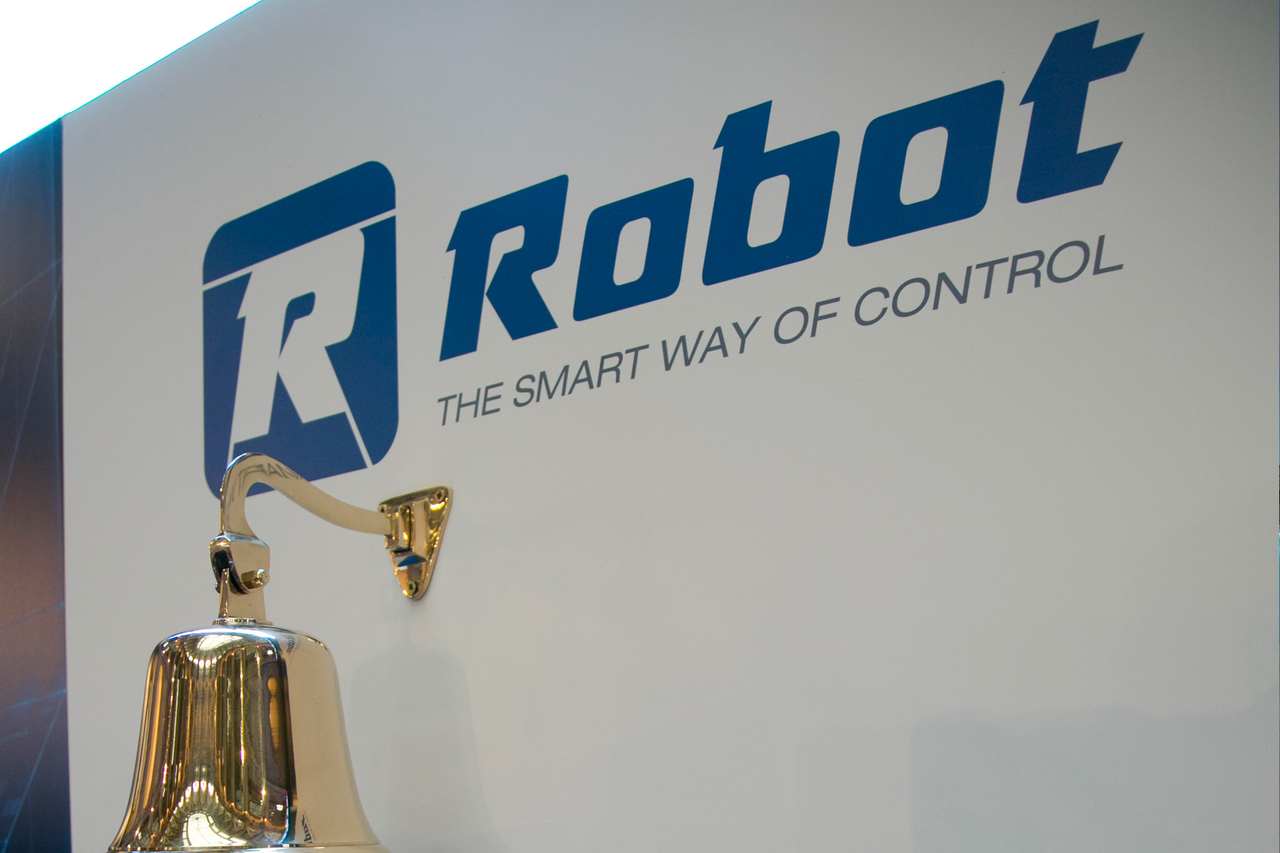 MAB favorable report to the incorporation of Robot